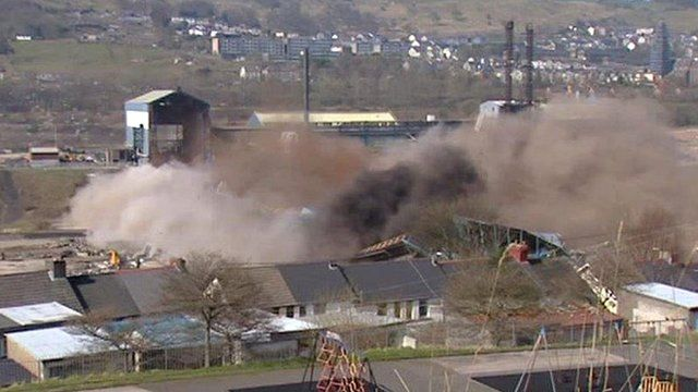 Steelworks being demolished