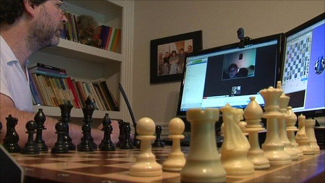 Gregory Kaidanov teaching chess on the internet