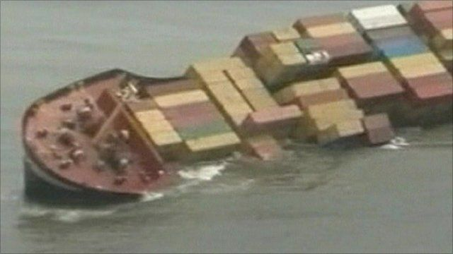MSC Chitra spilling containers into sea