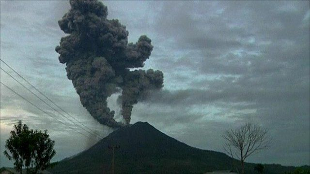 Mount Sinabung erupting