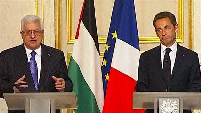 Palestinian President Mahmoud Abbas (left) and French President Nicolas Sarkozy
