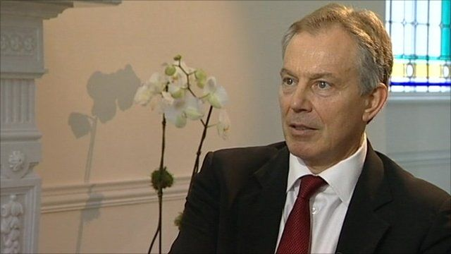 Former British Prime Minister Tony Blair pays tribute to Nelson Mandela