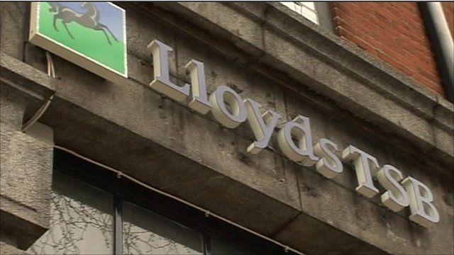 Exterior of Lloyds bank