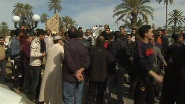 Apparent scenes of protest in Tripoli