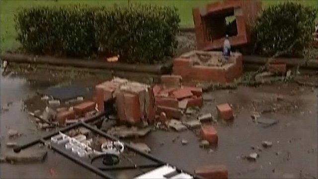 Rayne tornado debris