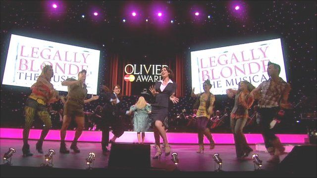 A number from Legally Blonde being performed at the awards