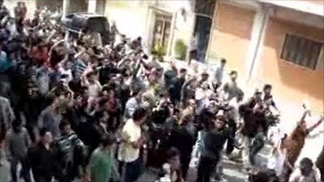 Footage purporting to show anti-government protest in Syria