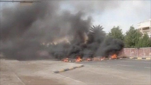 Fire in the streets of Aden