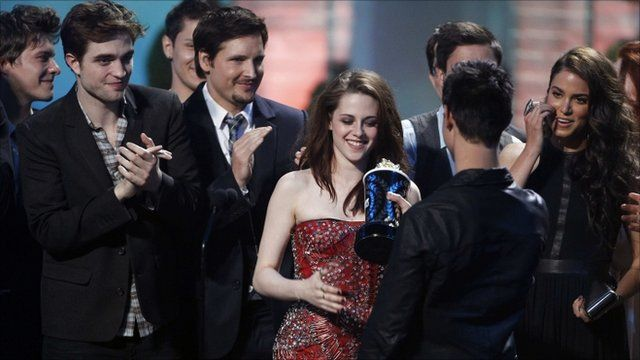 Robert Pattinson, Kristen Stewart, Taylor Lautner and members of the cast of The Twilight Saga: Eclipse