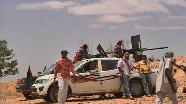 Rebels on Misrata front line