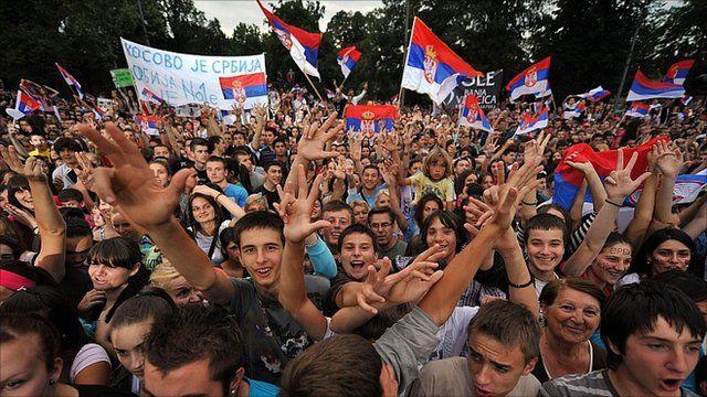Fans in Serbia come to cheer on Wimbledon champion Novak Djokovic