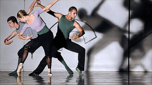 Dancers of the Ballet Royal de Flandres