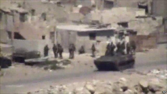 Tanks in Latakia taken from amateur footage