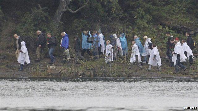 People on Utoeya island