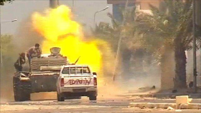 Rebels fire tanks in Zawiya