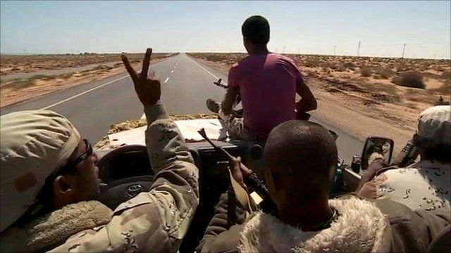 Rebels on the road to Sirte