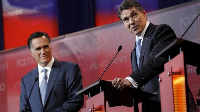 Mitt Romney (L) and Rick Perry (R)