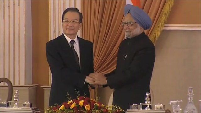 Chinese Premier Wen Jiabao and Indian Prime Minister Manmohan Singh