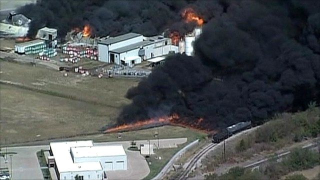 Fire at chemical plant in Texas