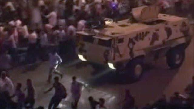 Tanks on Cairo streets