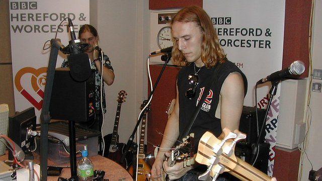 BBC Introducing: Scarlet Carmina