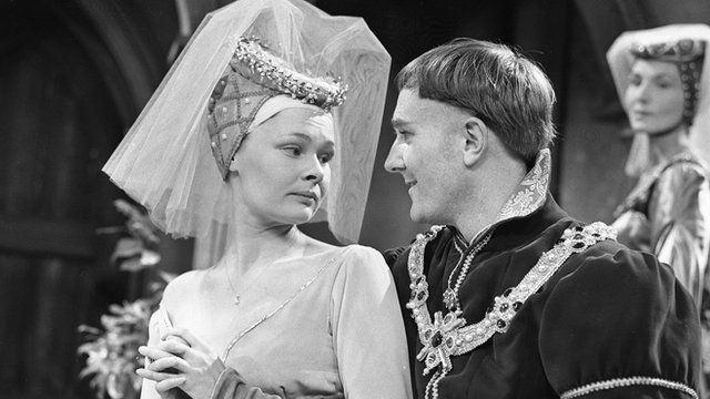 Judi Dench and Robert Hardy in a production of Henry V: The Band of Brothers in 1960