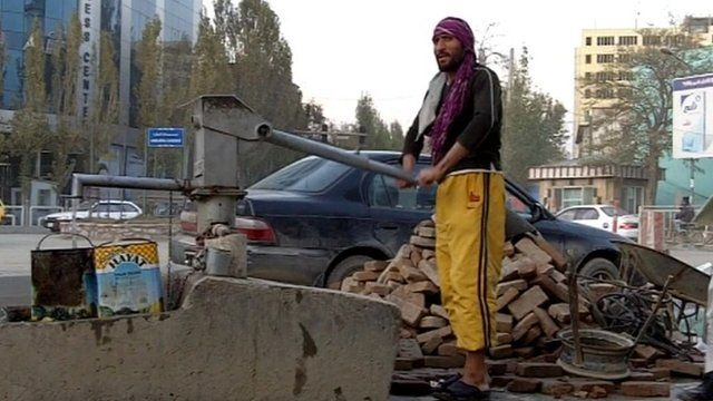 A workman in the street of Kabul
