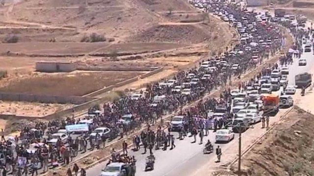 Protesters marching towards Sanaa