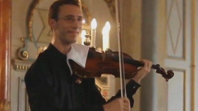 Slovakian viola player Lukas Kmit