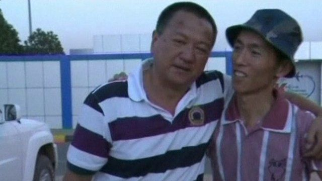 Chinese workers arrive safely back in Khartoum