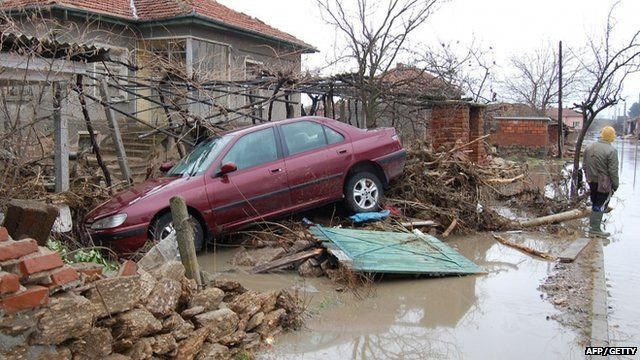 Car caught in the flood