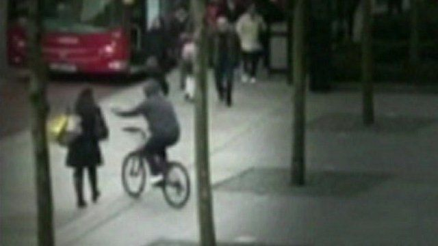 Still from footage of a mobile phone theft
