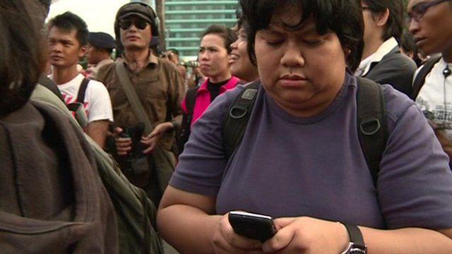 Indonesian uses phone