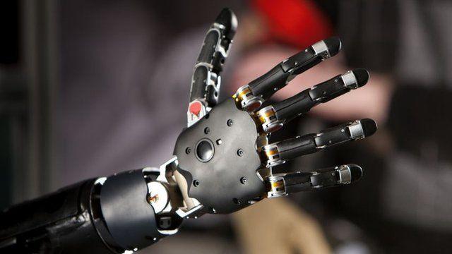 Modular Prosthetic Limb (MPL) - a bionic arm. Copyright: The Johns Hopkins University Applied Physics Laboratory (JHU/APL)