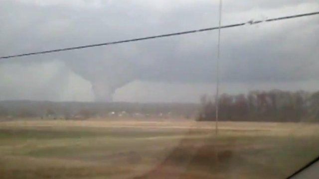 Tornado filmed by Chad Hinton