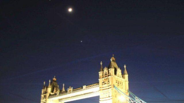 Astronomer Francisco Diego's still of Venus and Jupiter over London