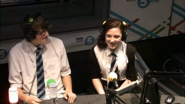 Nicole and Stuart presenting live on-air on 5 Live Drivetime