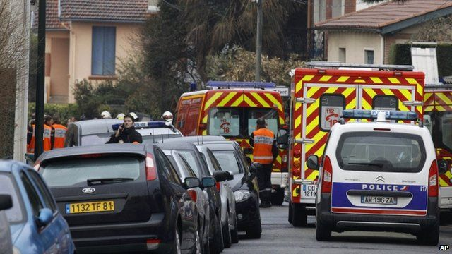 French ambulances and police vehicles in Toulouse street