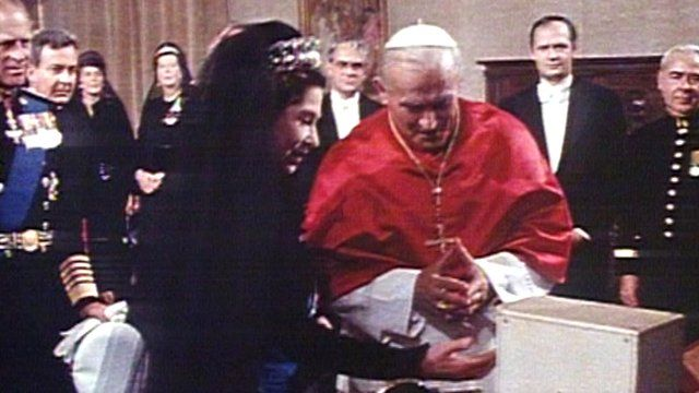The Queen and Pope John Paul II