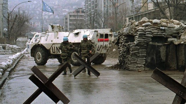 UN soldiers in Sarajevo where three years into the conflict the peacekeepers are in crisis