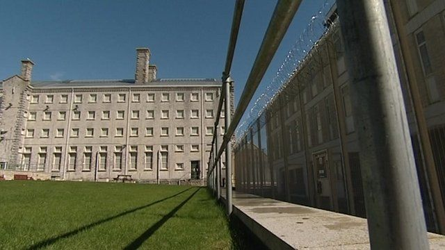 Portland Young Offenders Institution is trialling new methods to reduce its number of inmates
