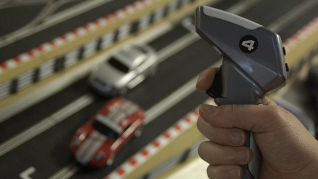 Racers rev up for slot car fest bbc news - Scalextric sport digital console ...