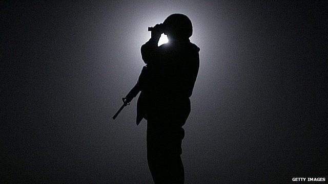 US marine using night vision goggles