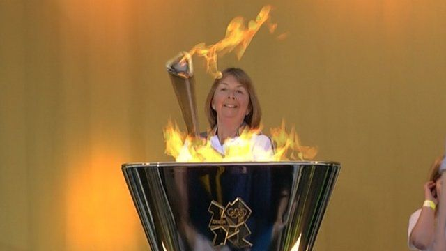 Lesley Forrest lights the Olympic flame