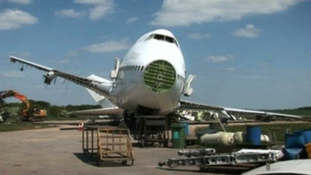 How Do You Scrap An Old Boeing 747 Aeroplane Bbc News