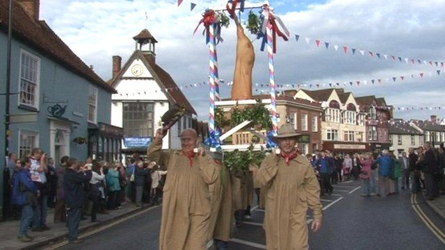 'Flitch' carried along the streets of Dunmow