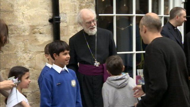 Dr Rowan Williams visits Cirencester as part of a three-day tour of Gloucestershire