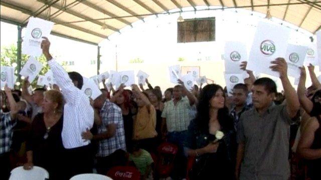 Collective wedding in Mexico