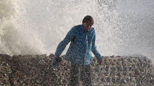 A wave in Brighton