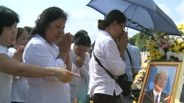 Cambodians mourn the death of former King Norodom Sihanouk